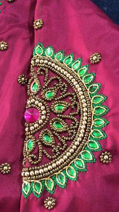 Embroidery Blouses, Aari Embroidery, Embroidery Stitches Tutorial, Embroidery Designs, Love Wallpaper Backgrounds, Mirror Work Blouse Design, Navratri Dress, Blouse Designs Silk, Hand Designs