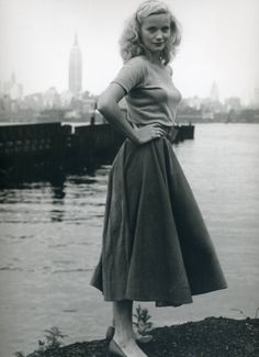 vintage everyday: Eva Marie Saint: One of the Women with the Most Veteran Film Career Look Vintage, Vintage Beauty, Vintage Woman, Vintage Makeup, Retro Vintage, Eva Marie Saint, New Yorker Mode, Retro Mode, Fashion History