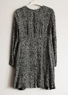 Kup mój przedmiot na #vintedpl http://www.vinted.pl/damska-odziez/krotkie-sukienki/15513835-zara-babydoll-luzna-zwiewna-sukienka-rozkloszowana-z-dlugim-rekawem-rozmiar-s