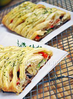 Trenza de hojaldre con verduras Vegetarian Recepies, Vegan Vegetarian, Vegan Recipes, Strudel, Xmas Dinner, Happy Foods, Chicken Salad Recipes, Slow Food, Healthy Life