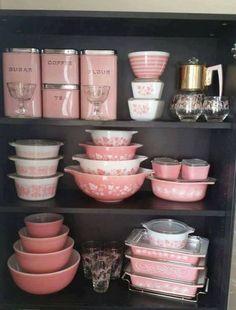 vintage pink Pyrex set