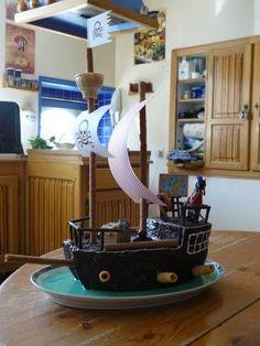 Gâteau anniversaire bateau pirates