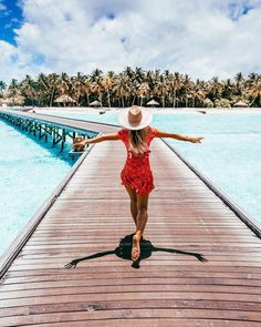 Maldives Travel Guide @saltyluxe #MaldivesTravel