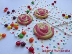 Bunte Keks-Lollis | My tasty little beauties