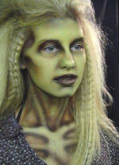 cc3d7bd4fe1f57042296c1c3f97f0e0a--halloween-makeup-witch-halloween-zombie.jpg (564×782)