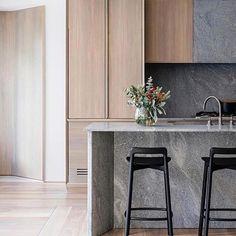 Stunning Modern Apartment Kitchen Decor Ideas and Remodel - Page 14 of 72 Modern Kitchen Design, Interior Design Kitchen, Kitchen Decor, Kitchen Ideas, Kitchen Styling, Kitchen Dining, Modern Design, Design Apartment, Apartment Kitchen