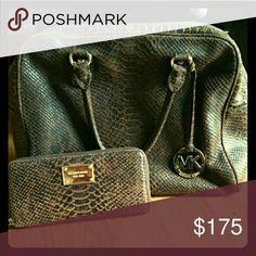 Authentic Michael Kors handbag Matching Wallet sold separately. Great condition bag! KORS Michael Kors Bags Satchels