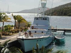 Silver Queen Crewed Yacht Charter
