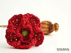 Crochet poppy flower - brooch - pattern, DIY