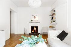 Kungsholms strand 169 - Erik Olsson fastighetsförmedling Home Decor, Decor, Fireplace