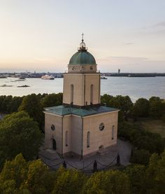 This is the church also working as a lighthuse on Suomenlinna Sea Fortress island in Helsinki, Finland. See Picture, Helsinki, Finland, Lighthouse, Taj Mahal, Sea, History, Building, Outdoor Decor