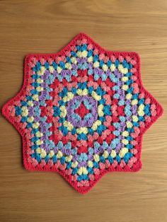 Crochet Star Blanket, Crochet Stars, Crochet Blanket Patterns, Hexagon Crochet Pattern, Granny Square Crochet Pattern, Treble Crochet Stitch, Crochet Stitches, Crochet Crafts, Crochet Projects