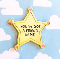 You've Got A Friend Enamel Pin from Be Magical - Enamel Pins - Disney Characters Disneyland Pins, Jacket Pins, Disney Fantasy, Disney Trading Pins, Diy Pins, Cute Disney, Disney Style, Cool Pins, Pin And Patches