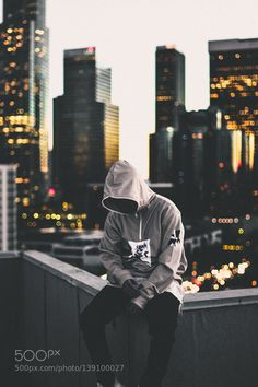 27 Best Ideas Photography Sad Men Pin Up Alone Photography, Portrait Photography Men, Photography Poses For Men, Dark Photography, Creative Photography, Amazing Photography, Street Photography, Ft Tumblr, Creative Photos