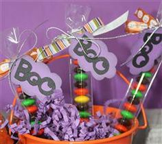 #Cricut tags... perfect to add on to gift bags or candy goodies for halloween