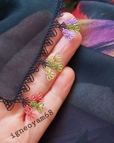 Love Crochet, Crochet Shawl, Diy Crochet, Seed Bead Tutorials, Beading Tutorials, Embroidery Jewelry, Crewel Embroidery, Saree Tassels Designs, Needle Lace