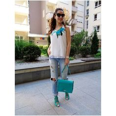 #miss_s_design #handmade #turquoise #boxbag #madeinBiH #feafther #necklace #Zara #sandals #streetstyle #streetlook #fashion #outfit #style #ootd #potd #lotd #wearitloveit