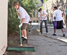 Youths give up a week of summer vacation to lend a helping hand - way to go guys!!