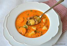 Ciorbă de porc ungurească - rețeta de supă de agățat flăcăii (Legényfogó raguleves) | Savori Urbane Sweets Recipes, Soup Recipes, Cookie Recipes, Desserts, Turkey Soup, Deli, Cocktail Recipes, Bon Appetit, Thai Red Curry