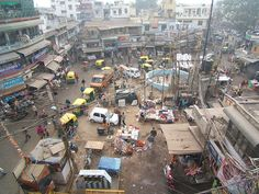 This is Pahar Ganj, one of my favorite markets in Delhi, India.
