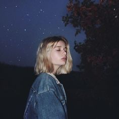 Cute Aesthetic Hairstyles For Short Hair Aesthetic Grunge, Aesthetic Girl, Lange Blonde, Grunge Hair, Belle Photo, Aesthetic Pictures, Photography Poses, Photography Music, Photography Aesthetic