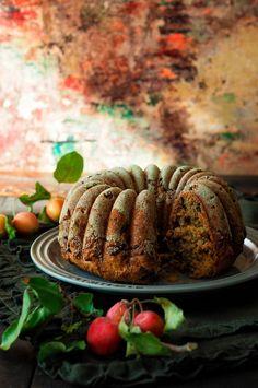 Mausteinen omena-rusinakakku - Sweet Food O`Mine Sweet Recipes, Cake Recipes, Decadent Cakes, Pound Cakes, Beautiful Cakes, Yummy Cakes, Chocolate Cake, Food And Drink, Beef
