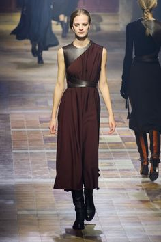 A while ago, Elbaz proved he was a master of the drape, and here, he showed a handful of jersey dresses that he harnessed, literally, with black or snake leather, like modern holsters. It helped define the waist and brought a sophisticated bondage motif to the proceedings that is subtle enough not to feel dated when these clothes hit stores in six months.