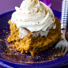 Slow Cooker Pumpkin Spice Latte Cake recipe. Healthier pumpkin desert option in time for the holiday!
