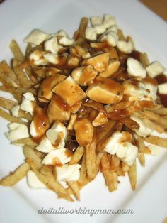 How to make this amazing dish from Quebec: Poutine (french fries, topped with curds cheese and home made gravy. The best poutine recipe