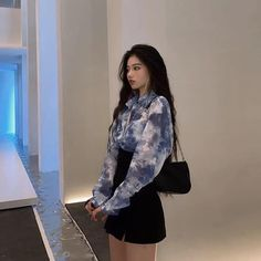 Korean Girl Fashion, Ulzzang Fashion, Kpop Fashion Outfits, Korean Casual Outfits, Cute Casual Outfits, Kawaii Fashion, Cute Fashion, Types Of Fashion Styles, Aesthetic Clothes