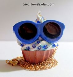 Funny cupcake with sunglasses