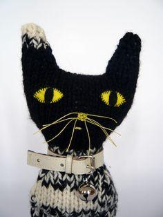 lepetittrianon:  Leopoldo cat - severina kids  Tilin