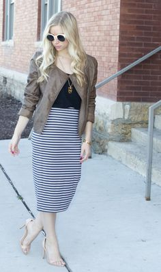 Spring leather: http://www.stylemepretty.com/living/2015/04/16/3-spring-outerwear-trends-to-try/ | Photography: Fashion Column Twins - http://fashioncolumntwins.com/