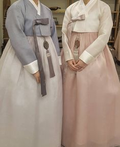 The Dan Women – Page 6 – Hanbok The Dan ‧ Made with ♥ Korean Hanbok, Korean Dress, Korean Outfits, Korean Traditional Dress, Traditional Outfits, Women's Fashion Dresses, Girl Fashion, Womens Fashion, Fashion Silhouette