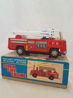 VINTAGE NIB YANOMAN TOYS JAPAN TIN FIRE TRUCK ENGINE SIREN 5850 NEW W/ BOX   eBay Truck Engine, Tin Toys, Fire Engine, Fire Trucks, Engineering, Japan, Box, Vintage, Okinawa Japan
