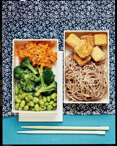 Stir-fried Tofu Bento Box with Sesame Soba Noodles and Ginger-Carrot Broccoli Recipe | Vegetarian Times