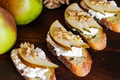Pear, Ricotta, and Walnut Crostini & other easy holiday hors d'oeuvres