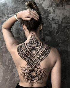 Sexy Tattoos For Women, Attractive Tattoos For Girls Attractive Tattoos For Girls Attractive Tattoos For Girls. Sexy Tattoos For Women, Tattoo Designs For Women, Trendy Tattoos, Small Tattoos, Tattoos For Guys, Back Tattoo Women Full, Henna Designs, Art Designs, Nape Tattoo