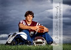 This would be a great pic idea for each year of football career. I may try it with my 1st year player!
