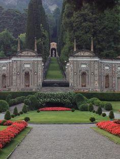 Hotel Villa d'Este gardens.  Cernobbio, Lake Como, Italy