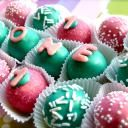 Cake Ballers make balls of cake that are a crafty and creative way to take treats to a whole new level!