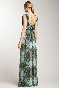 Vera Wang Cap Sleeve Print Chiffon Pleated Gown