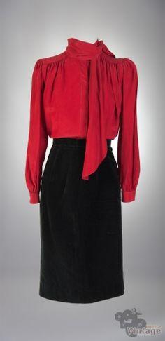 Vintage 70´s Silk Secretary Blouse