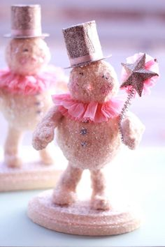 snowmen with pink ruffle