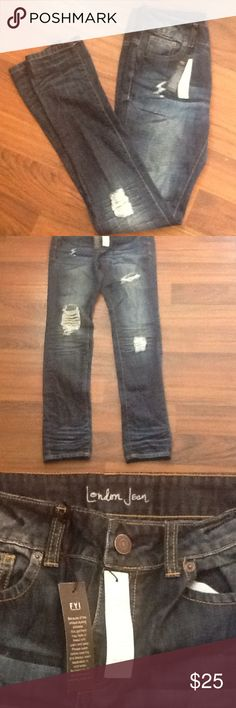 London Jeans NWOT distressed mid rise straight leg London Jean.  Inseam 30 London Jean Jeans Straight Leg