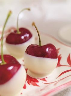 Recette de Ricardo de cerises au chocolat blanc