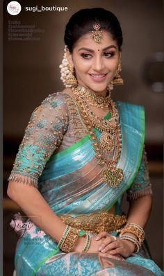 Bridal Sarees South Indian, Indian Silk Sarees, Indian Bridal Wear, South Indian Bride, South Indian Bridal Jewellery, New Blouse Designs, Bridal Blouse Designs, Saree Blouse Designs, Wedding Saree Blouse