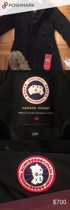 Canada Goose Kensington Parka Beautiful black Canada Goose Kensington parka  that is unfortunately too small for 2a332d8e5734