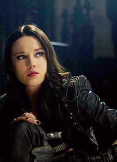 Isabelle Lightwood (TMI: City of Bones)