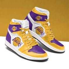 Air Jordan Shoes, Jordan Shoes Girls, Nike Air Shoes, Casual Sneakers, Sneakers Fashion, High Top Sneakers, Jordan Shoes Wallpaper, Jordan Basketball Shoes, Jordan Swag